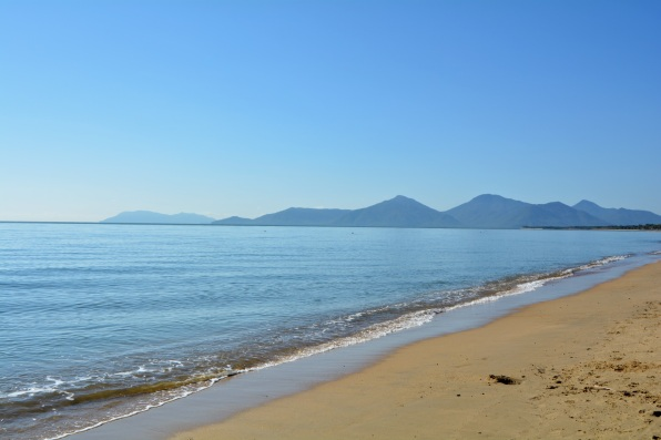Holloways Beach, Cairns - facing the mountains and the city