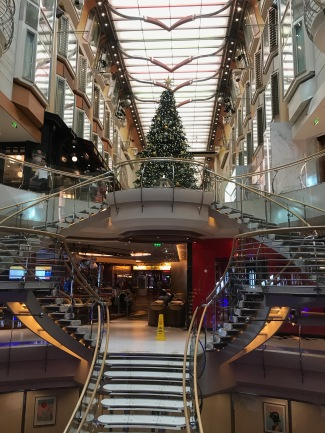 Independence of the Seas Royal Promenade Christmas tree