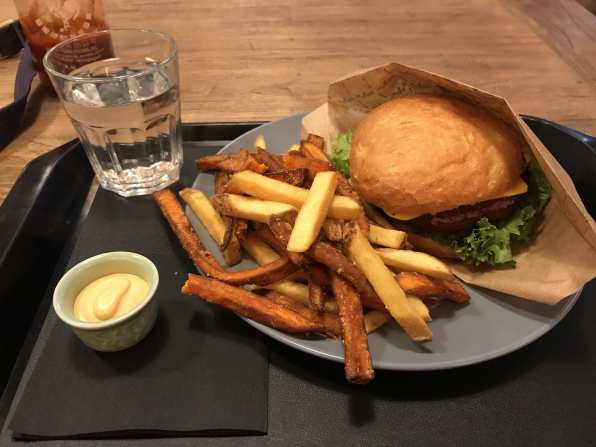 Forkys Prague Veggie Burger and chips-min