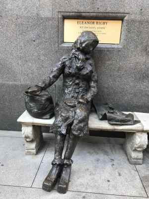 Eleanor Rigby Statue Liverpool